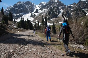 Ski-tour guiding in Almaty